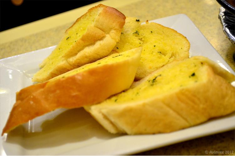 Dulcinea's Garlic Bread