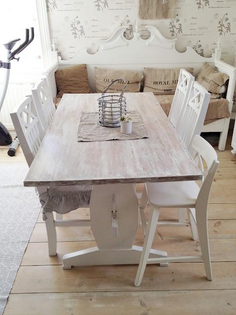 Vita Koksbord : Japp, koksbordet ska nu bytas ut och or till salu Vi behover ett