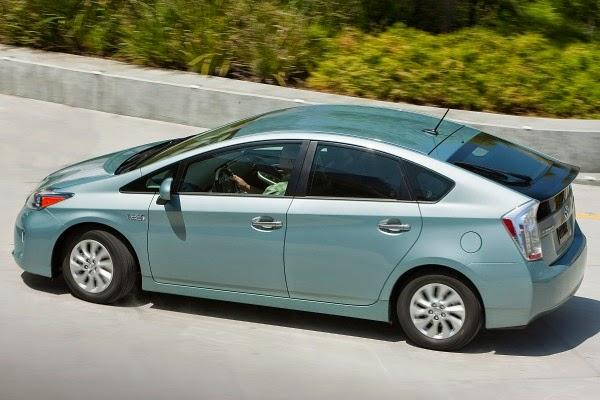 2015 Toyota Prius Plug-in Hatchback