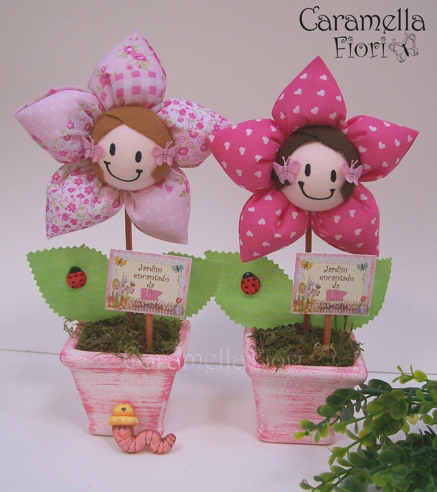 enfeite de mesa aniversario jardim encantado:Caramella Fiori: Vaso Flor Carinha de Menina