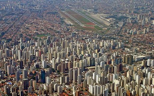 São Paulo's parking U-turn