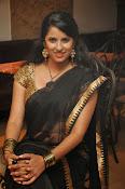 Sravya reddy sizzling saree photos-thumbnail-15