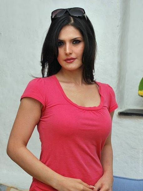 Bollywood Actress Zarine Khan New Hot Stills in Pink T-shirt Pics