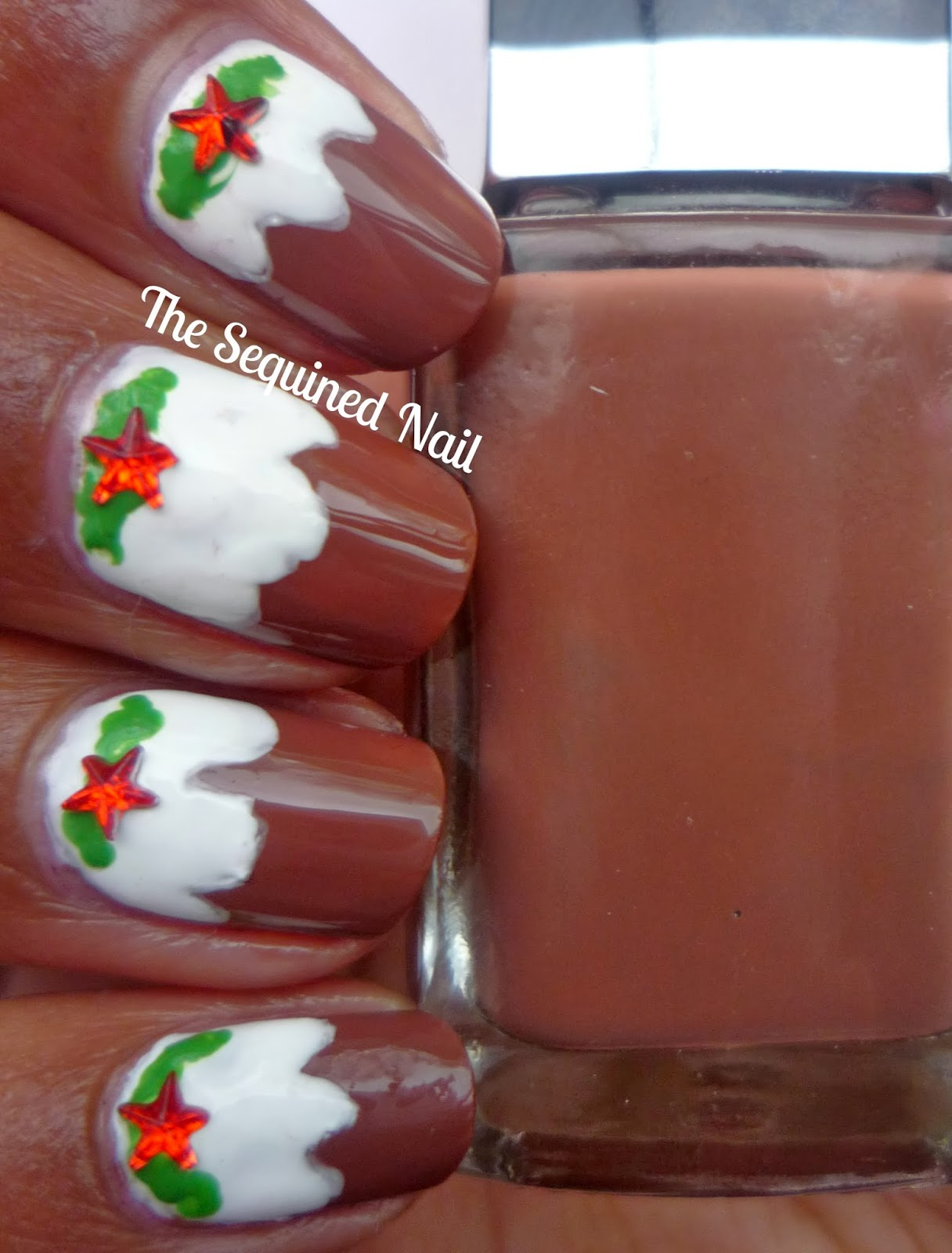 The Sequined Nail Christmas Pudding Nails