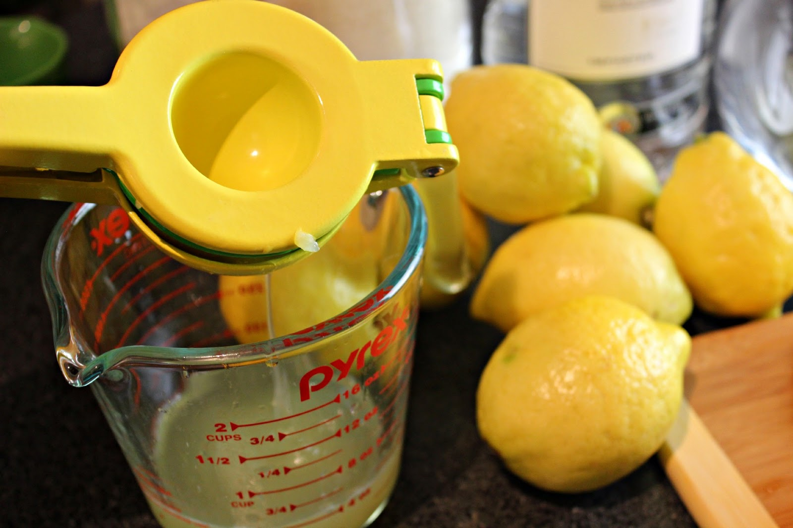 Which Juicer Extracts The Most Juice ~ Summer drink series spiked lavender lemonade habits of
