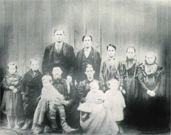Horton Hampton Davis and F. Julina Aldridge Davis and Family