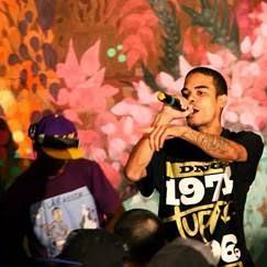 Rapper Ramonzin faz show em Volta Redonda