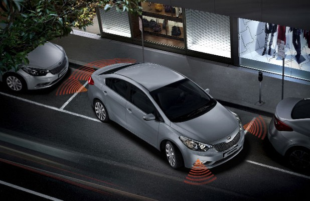 car in Kia Cerato 2014