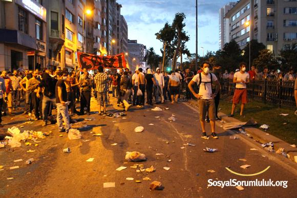 Taksim Gezi Parkı Protestosu Fotoğrafları