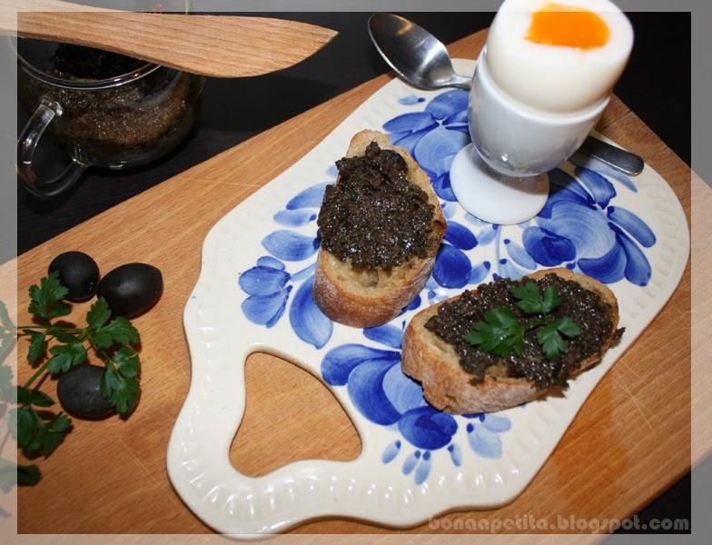Pasta z czarnych oliwek (tapenada)