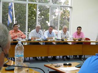 Έκτακτη συνεδρίαση πραγματοποιήθηκε χθες στο Δήμο Θηβαίων για το θέμα των Ρομά και τα επεισόδια στη ΔΕΗ