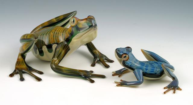 20-Rippleback-Super-Frog-Scott-Bisson-Glass-Sea-and-Land-Animals-www-designstack-co