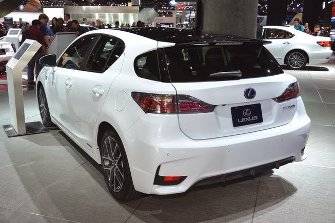 Lexus CT 200h 2014 trasera
