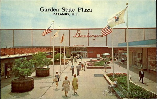 Modlandusa enclosed like a mall for Is garden state plaza open today