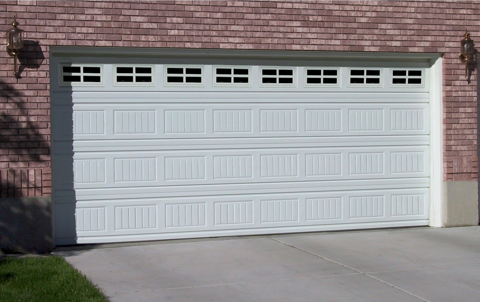 1007 #755856 Phoenix Garage Doors: Garage Door Installation Tips picture/photo Garages Doors 36391600