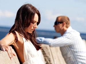 4 Easy Tips To Make Her Love You Again - abandoned - break up