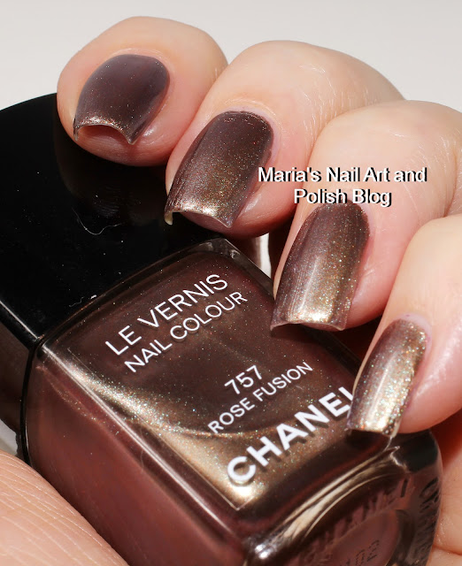 marias nail art and polish blog chanel rouge noir absolutement coll. Black Bedroom Furniture Sets. Home Design Ideas