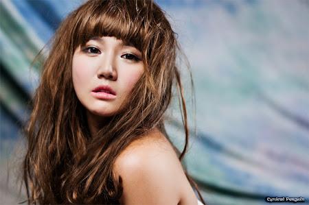 Han Ga Eun, White Strapless 02
