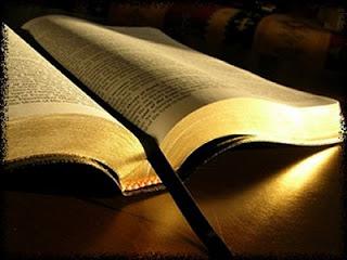 Semelhanças entre Deus e a sua Palavra