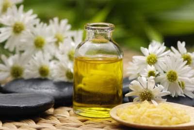 cara mengatasi rambut kering dengan minyak esensial