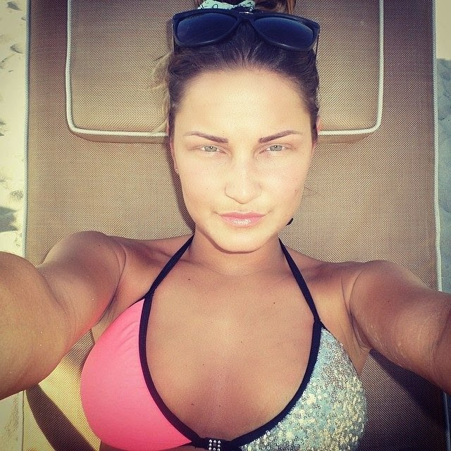 Sam Faiers shares a few bikini images into her Instagram account during her vacation on Monday, April 14, 2014 in Dubai