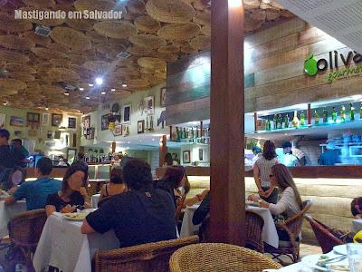 Oliva Gourmet: ambiente da loja do Salvador Shopping