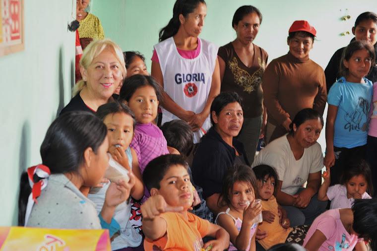 Leon Foundation trabajando por los ninos del Peru.