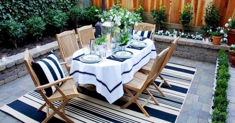 Party resources summer whites for Tj garden rooms