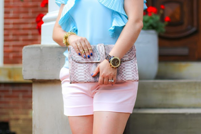 summer pastel look of the day