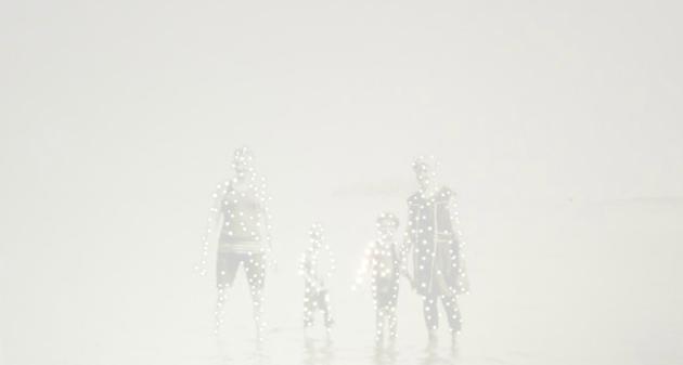 nuncalosabre. Dare alla Luce - ©Amy Friend