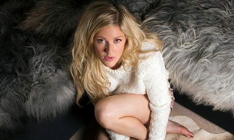 Ellie Goulding Promosikan Charli XCX