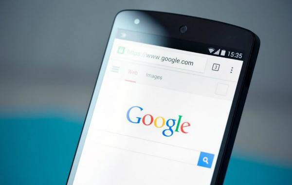 تقارير: مشكل تقني غريب في بعض هواتف أندرويد! androidgoogle.jpg