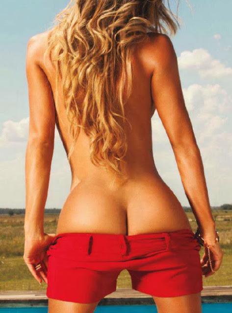 Leonela Ahumada naked rubia chica Playboy Argentina Diciembre 2013