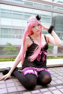 Dazaigaro Cosplay as Megurine Luka from Vocaloid