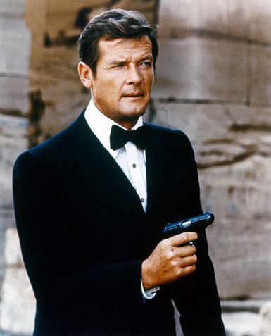 Roger+moore+007