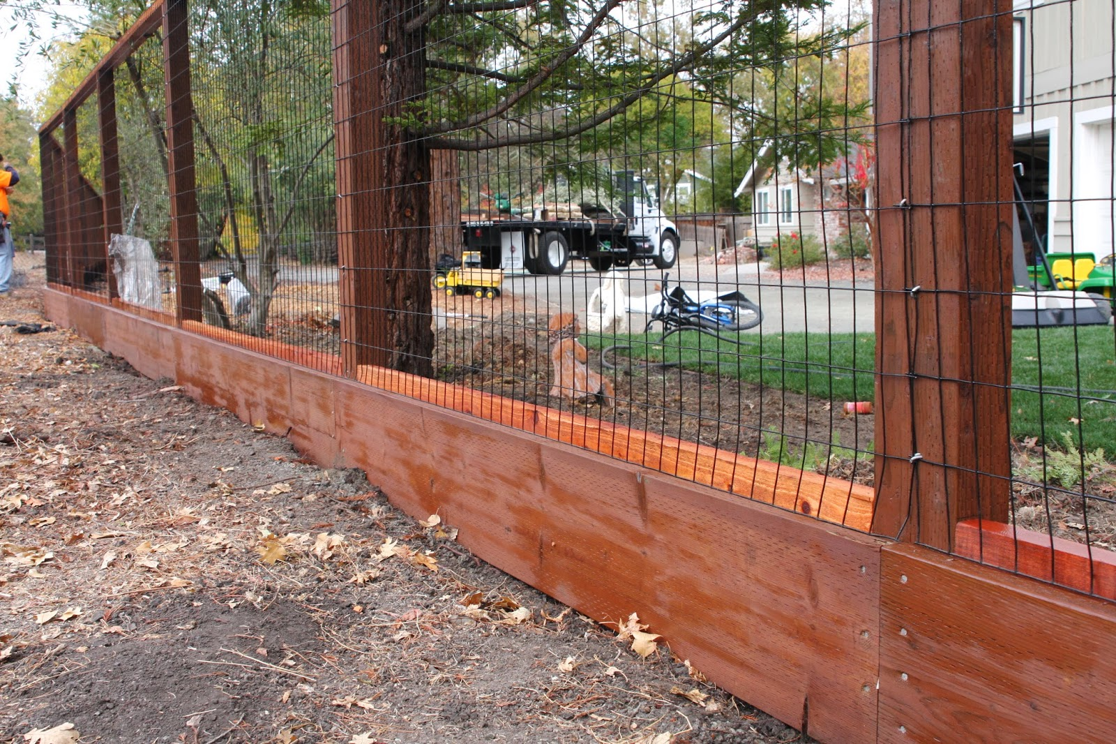 Moved permanently - Build wire fence foundation ...