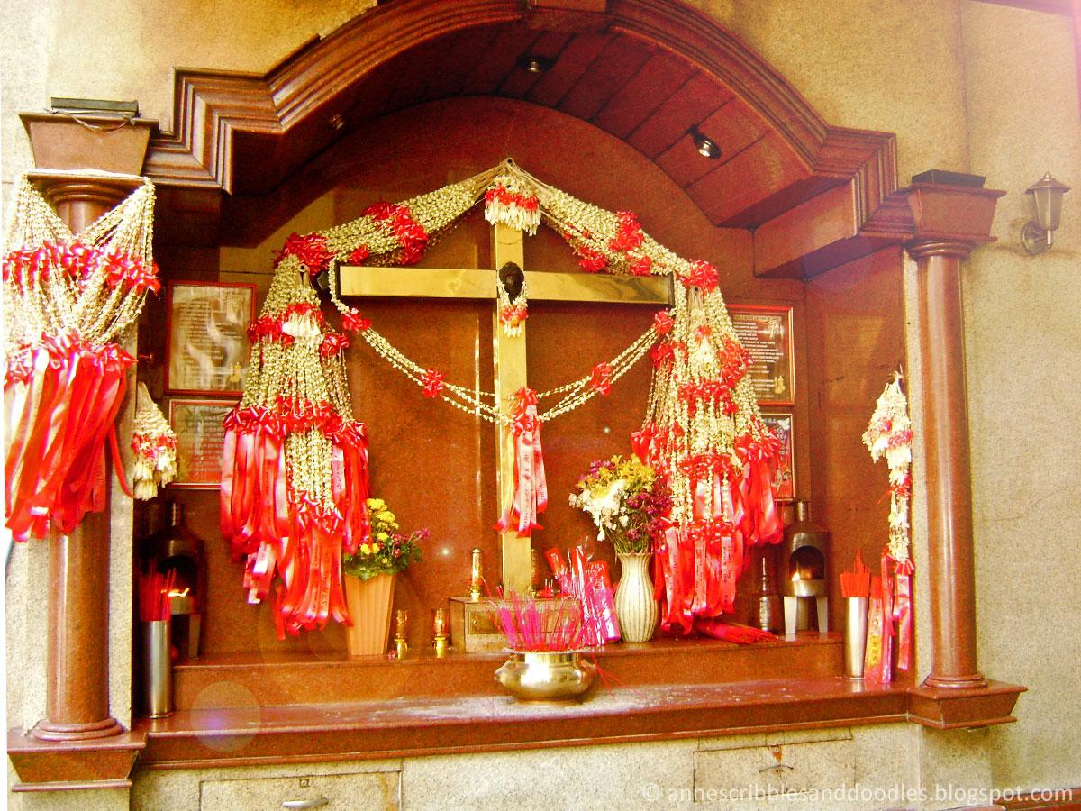 Binondo Manila Chinatown: Santo Cristo de Longos Shrine