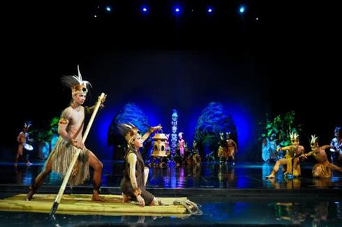 Devdan Show Papua Scene