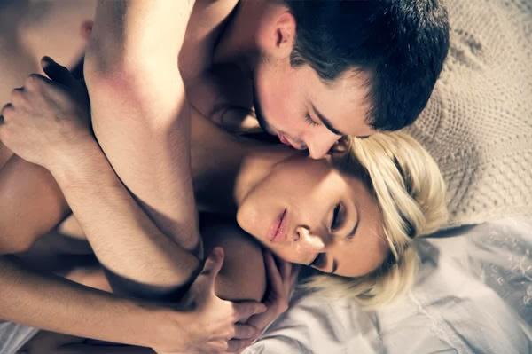 Fantasi Isteri Ketika Melakukan Hubungan Seks Dengan Suami