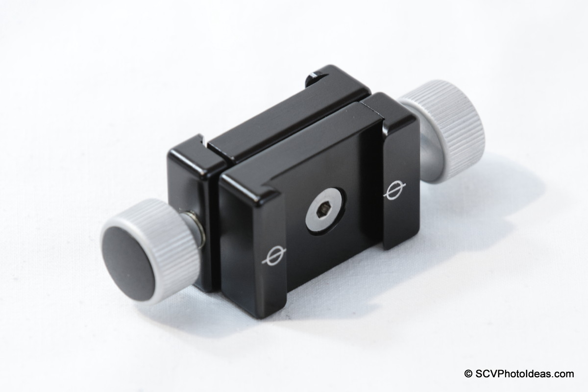 Hejnar Photo F012 QR Clamps set screw side