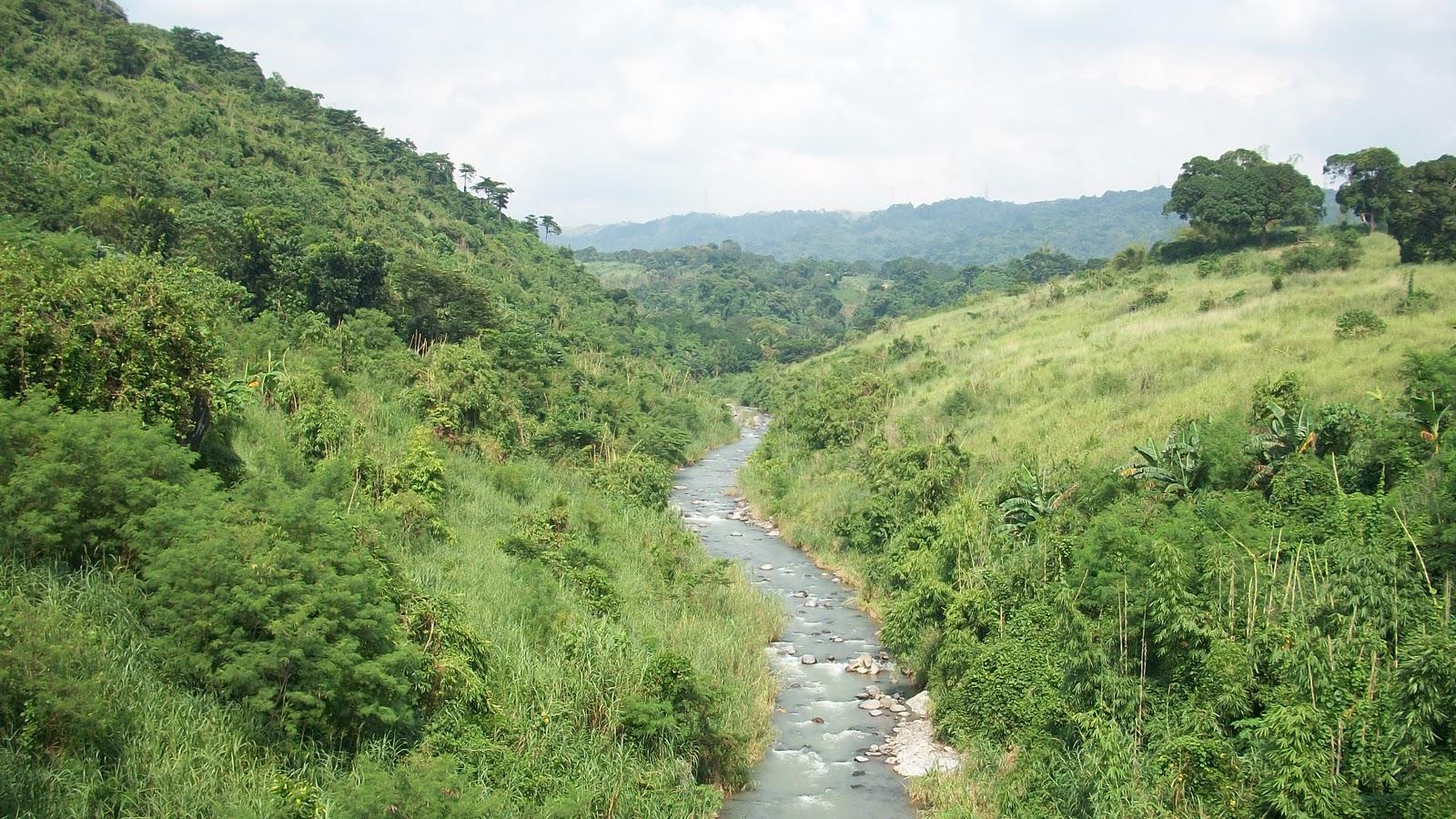 likas na yaman sa rizal This waterfall is made famous by a folk song that goes: tayo na sa antipolo / at  doon, maligo tayo / sa batis na  part 1: the waterfalls of rizal.