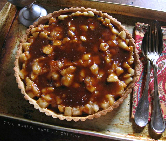 caramel-chocolate apple tart | une gamine dans la cuisine