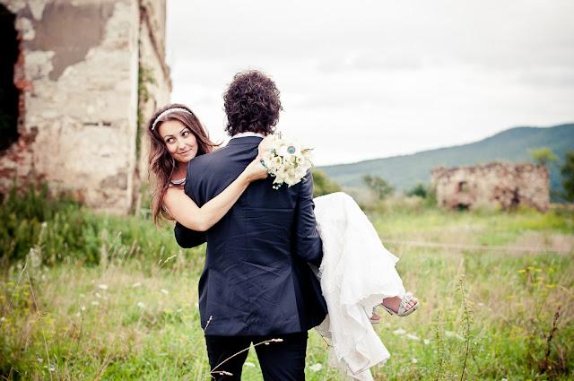ddanciu.ro poze nunta cluj, foto nunta, fotografi nunta, fotografii de nunta in cluj, ralu si ted, alexandra si dan danciu, locatii fotografii nunta Cluj, trash the dress, ttd, sedinta foto castel haller, sedinta foto teatrul national cluj, poze nunta cluj, ad photography