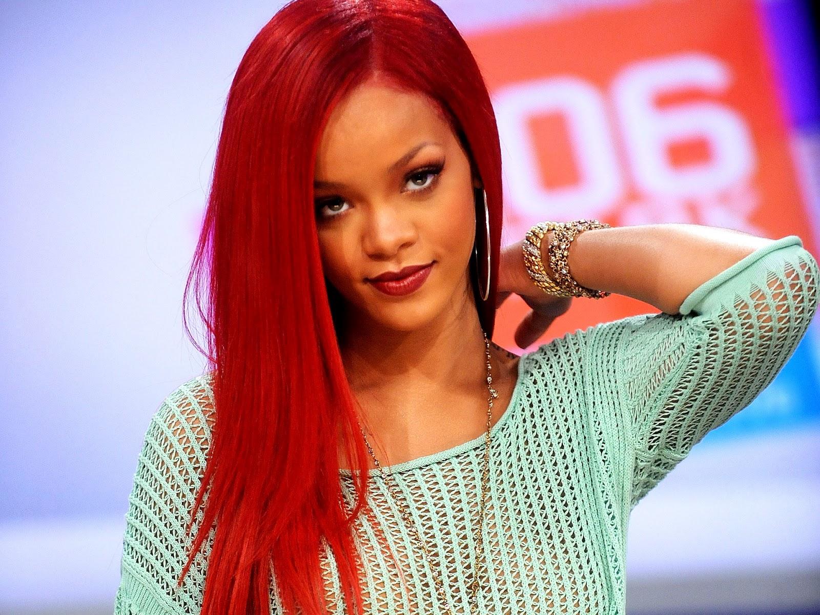 Free Celebrity Wallpapers Rihanna Wallpaper