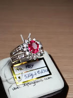 est 1,7ct NATURAL PADPARADSCHA LADIES RING GD