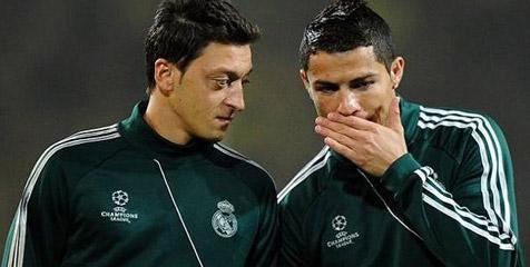 Ronaldo Sangat Kecewa atas Penjualan Ozil