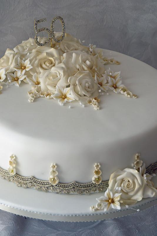 50th Anniversary Wedding Cakes. cake that inc 50th wedding ...