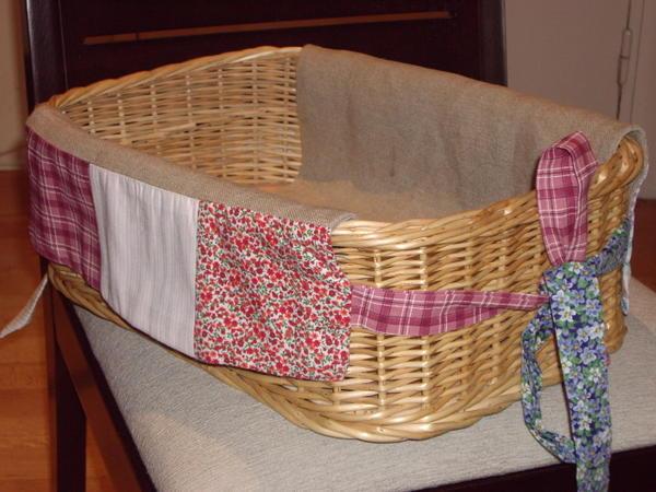 Como forrar una cesta de mimbre imagui - Como forrar cestas de mimbre ...
