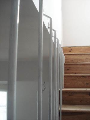 Supermanitas barandilla artesanal y reciclaje for Apliques para escaleras de comunidad