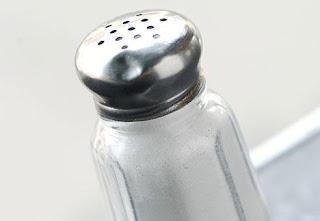 كثرة الملح تضر بالأوعية الدموية - salt